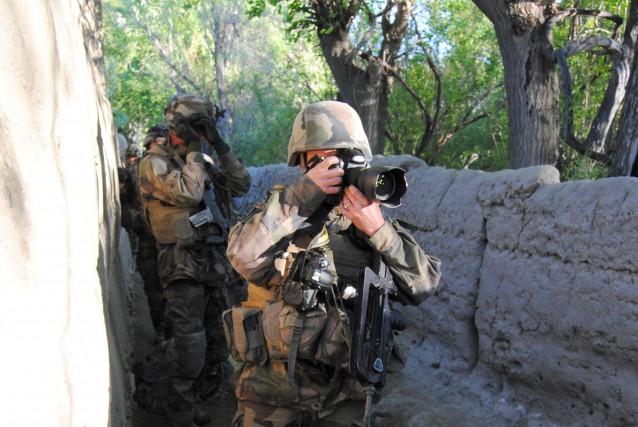 Dans mon enfance, mon grand-père me parlait de la guerre; de ce qu'il en...