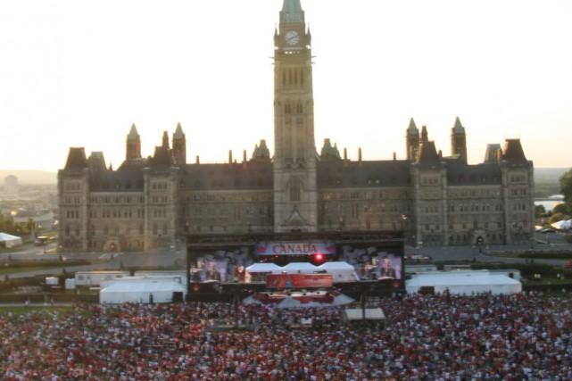Des centaines de milliers spectateurs sont attendus aux célébrations de la fête... (Patrick Woodbury, Archives LeDroit)