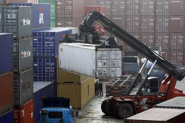 La croissance économique canadienne a pris une pause en février, après avoir... (PHOTO ARCHIVES REUTERS)
