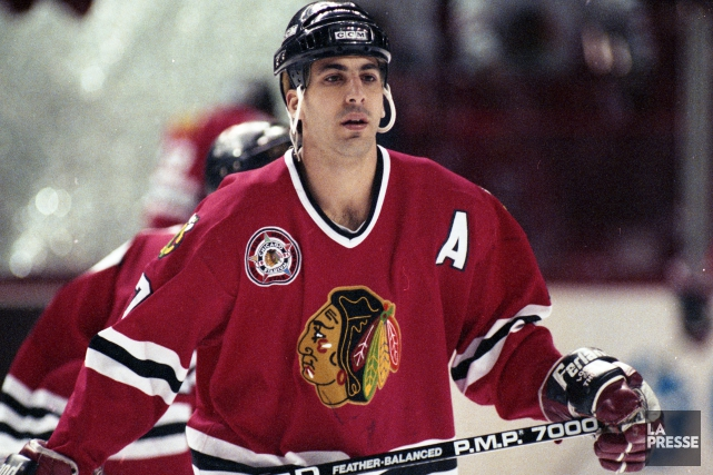Chris Chelios a joué neuf saisons à Chicago.... (Archives La Presse)