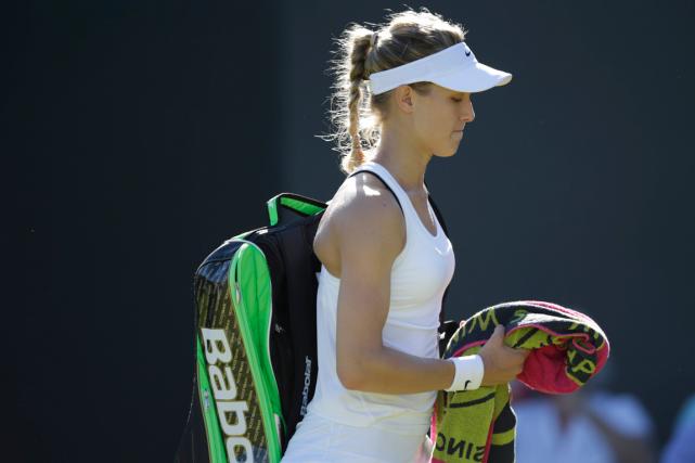 Avec cette élimination rapide, Eugenie Bouchard glissera au-delà... (Photo Pavel Golovkin, AP)