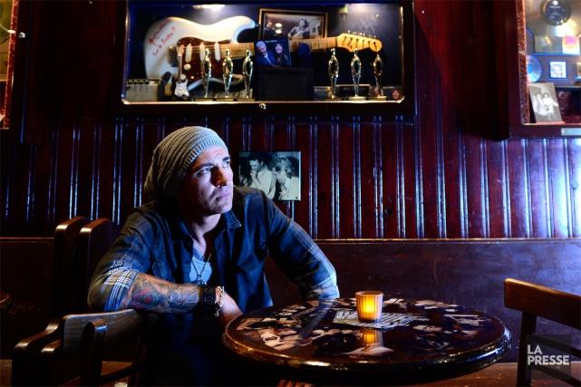 Depuis plus de 10 ans, Shawn Barker se... (PHOTO CHARLES LABERGE, COLLABORATION SPÉCIALE LA PRESSE)