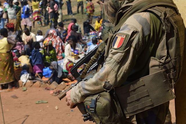 Environ 220 soldats français sont stationnés au Burkina... (PHOTO ARCHIVES AFP)