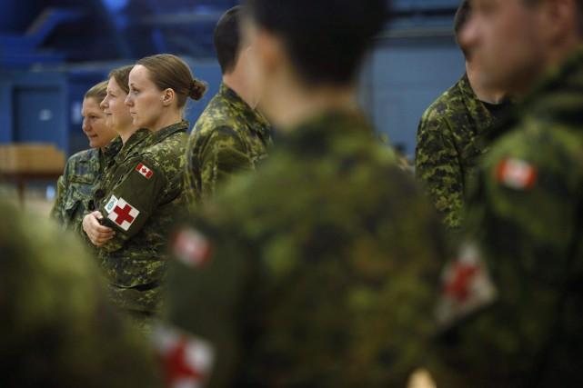 Un total de 79 employés médicaux et de... (PHOTO ARCHIVES LA PRESSE CANADIENNE)