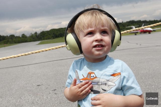 Le petit Thams-Alexandre Banks, âgé de deux ans,... (Simon Séguin-Bertrand, LeDroit)