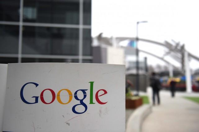 Sous le coup d'une polémique au Royaume-Uni, le géant de l'internet Google a... (PHOTO SUSANA BATES, ARCHIVES AFP)