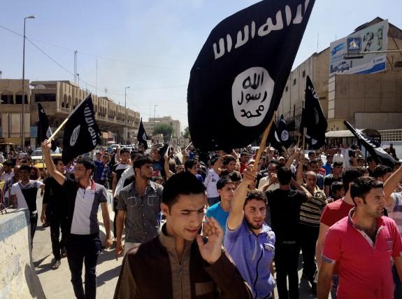 Le groupe État islamique a proclamé en 2014... (PHOTO ARCHIVES ASSOCIATED PRESS)