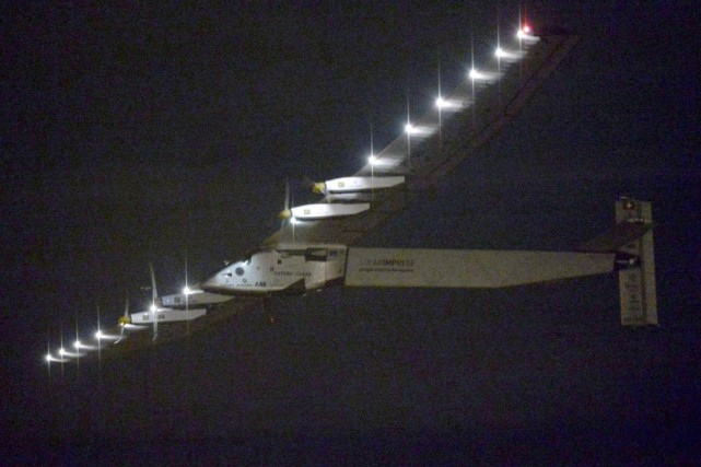 Mercredi, le Solar Impulse 2, avait franchi un... (Photo Kyodo News, AP)