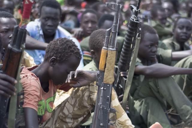 Selon l'UNICEF, «environ 13 000 enfants ont été... (PHOTO CHARLES LOMODONG, ARCHIVES AFP)