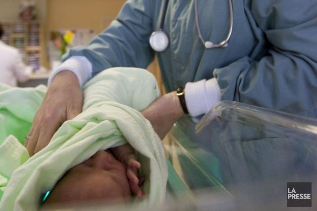 Le taux de fécondité des femmes tourne autour... (Photo: La Presse)