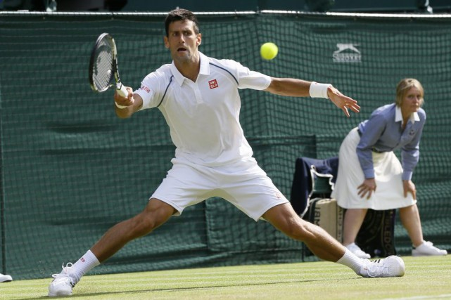 Novak Djokovica réalisé quatre bris, sans jamais être... (PHOTO KIRSTY WIGGLESWORTH, AP)