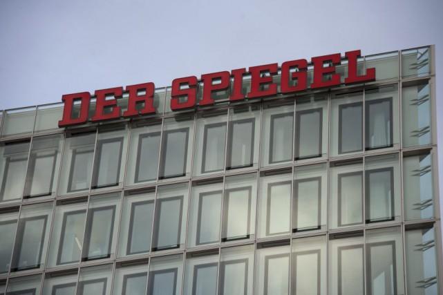 L'hebdomadaire allemand Der Spiegel a annoncé vendredi avoir déposé... (PHOTO AFP)