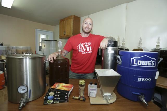 Francis Bisson brasse de la bière depuis toujours.... (photo Catherine Trudeau)