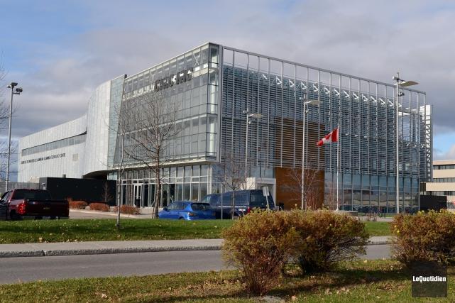 Quarante personnes demeurent à l'oeuvre au CTA, qui... (Archives  Le Quotidien, Jeannot Lévesque)