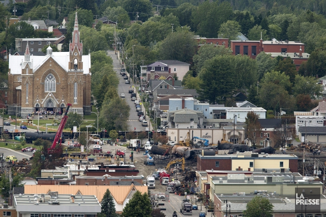 La population de Lac-Mégantic soulignera lundi le deuxième... (PHOTO ROBERT SKINNER, ARCHIVES LA PRESSE)