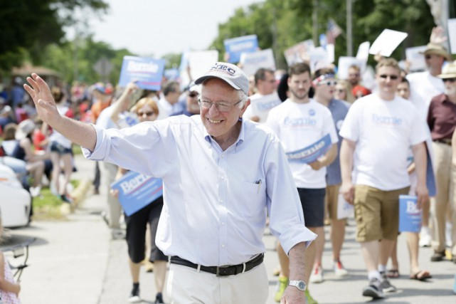 À Council Bluffs, en Iowa, plus de 2500... (PHOTO AP)