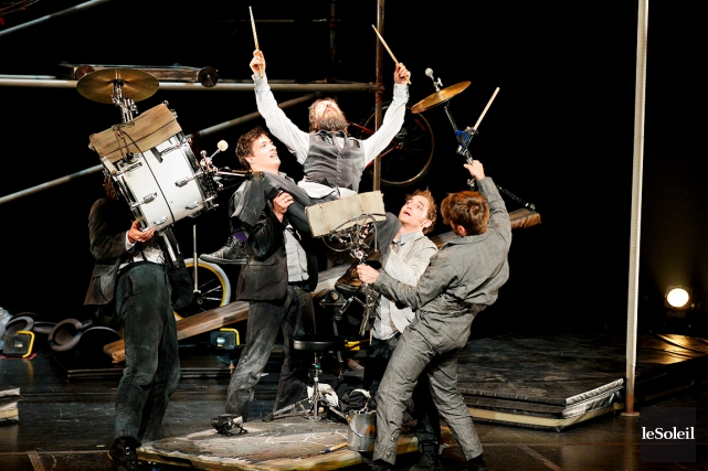 Le spectacle déjanté de Machine de cirque... (Photothèque Le Soleil, Erick Labbé)