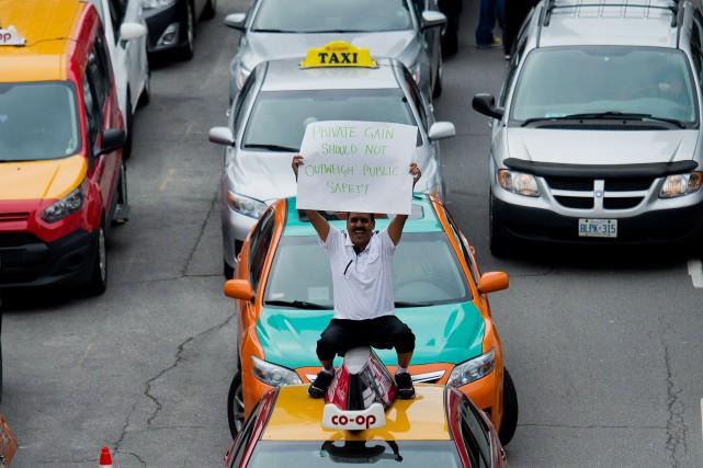 Uber a soulevé la controverse, notamment chez les... (La Presse Canadienne)