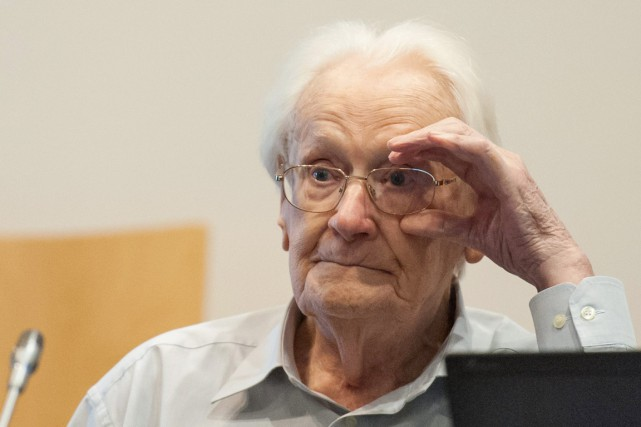 Engagé dans les Waffen SS en 1941, transféré... (PHOTO PHILIPP SCHULZE, AP)