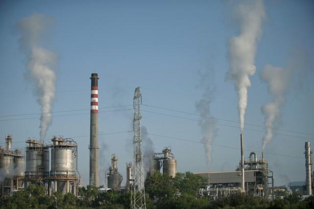 Les scientifiques rappellent que pour rester sous 2°C,... (PHOTO JORGE GUERRERO, AFP)