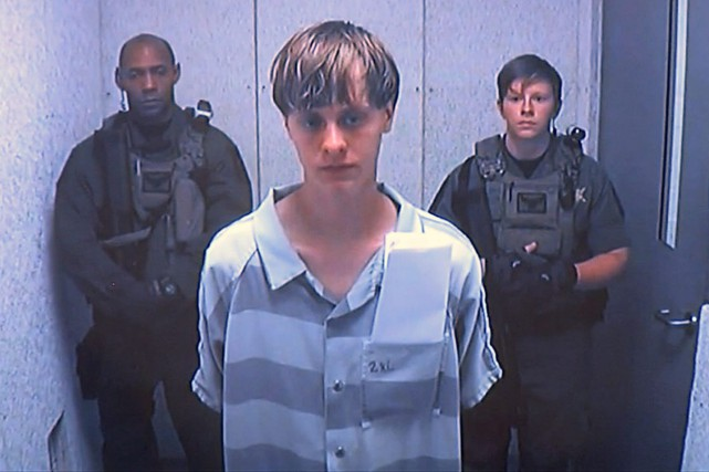 Dylann Roof, s'affirmant partisan de la suprématie blanche,... (PHOTO ARCHIVES AP)