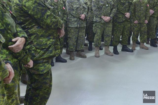Ils s'étaient enrôlés dans les Forces armées canadiennes à titre de cadets dans... (Photo ARCHIVES LA PRESSE)