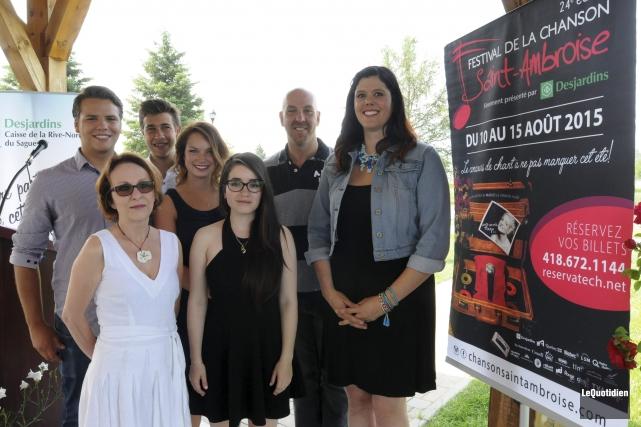L'équipe du Festival de la chanson de Saint-Ambroise... ((Photo Le Quotidien, Michel Tremblay))