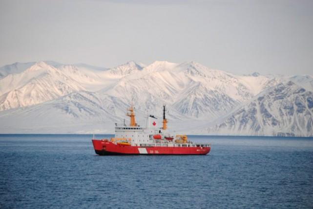 LeNGCC Henry Larsen... (Photo fournie par la Garde côtière canadienne)