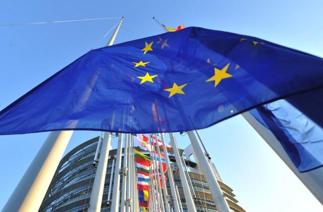 «Nous croyons, plus que jamais, que l'Europe doit... (PHOTO GEORGES GOBET, ARCHIVES AFP)