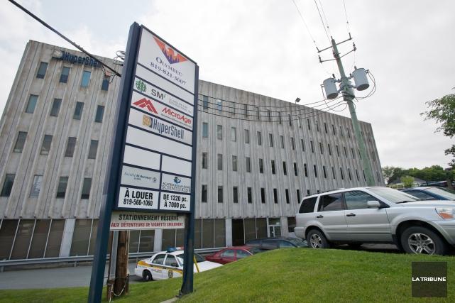 Les enquêteurs de l'UPAC étaient présents mercredi dans les bureaux du Groupe... (Imacom, Jessica Garneau)