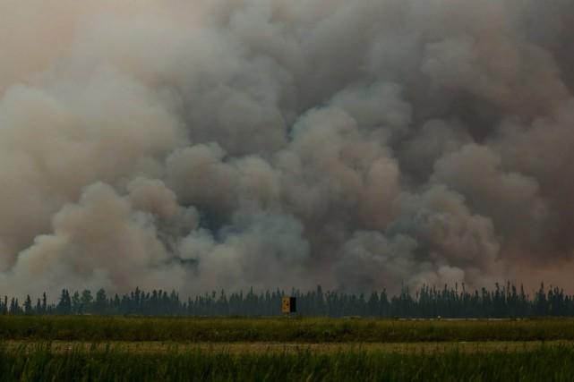 Quarante propriétés ont reçu des ordres d'évacuation jusqu'à... (Photo Corey Hardcastle/Ministère de l'Environnement/Gouvernement de la Saskatchewan)