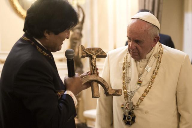 Le président Evo Morales a remercié son «frère,... (PHOTO REUTERS)
