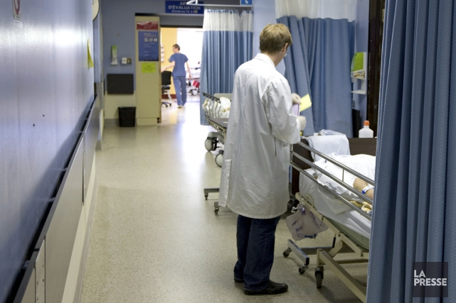 «Les médecins sont socialement conditionnés à ne pas... (PHOTO ALAIN ROBERGE, ARCHIVES LA PRESSE)