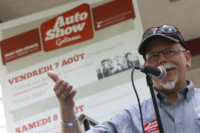 Le président d'honneur de l'Auto-Show 2015, Martin Lacasse, a dévoilé en grande... (Simon Séguin-Bertrand, LeDroit)