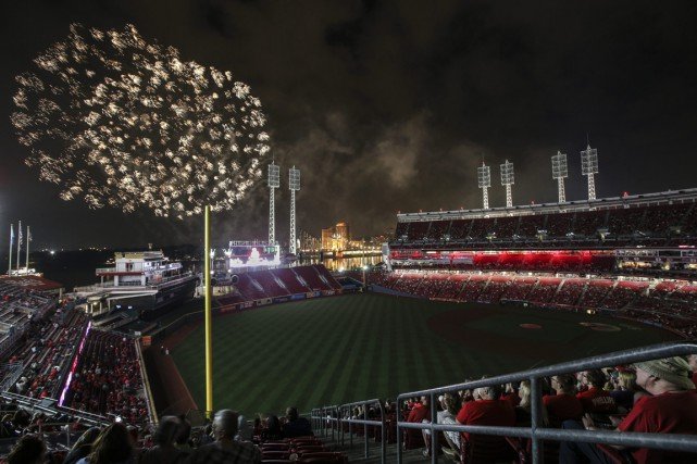 Toute la zone entourant le Great American Ballpark,... (Photo John Minchillo, AP)