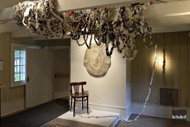 Territoire imaginé, faite de sacs de plastique recyclés,... (Le Soleil, Patrice Laroche)