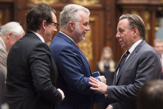 Selon François Legault, le premier ministre Philippe Couillard... (Photo Jacques Boissinot, archives La Presse canadienne)