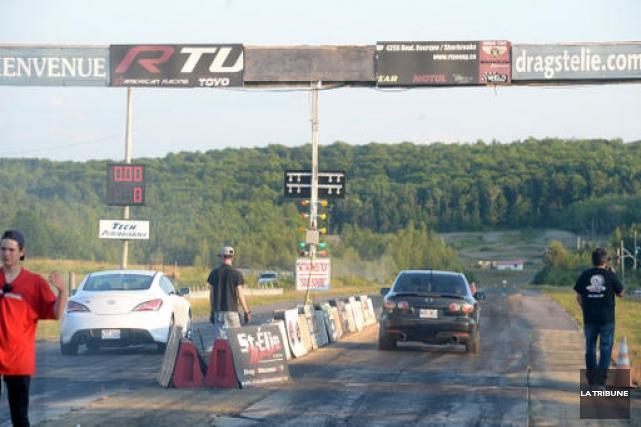 St-Élie Motorsports a repris temporairement ses courses d'accélération... (Imacom, Maxim Picard)