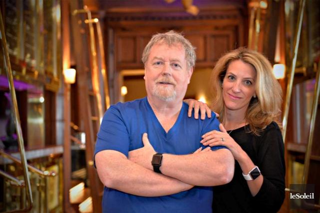 Bill Carroll et son épouse Sylvie Lapointe verront... (Le Soleil, Pascal Ratthé)