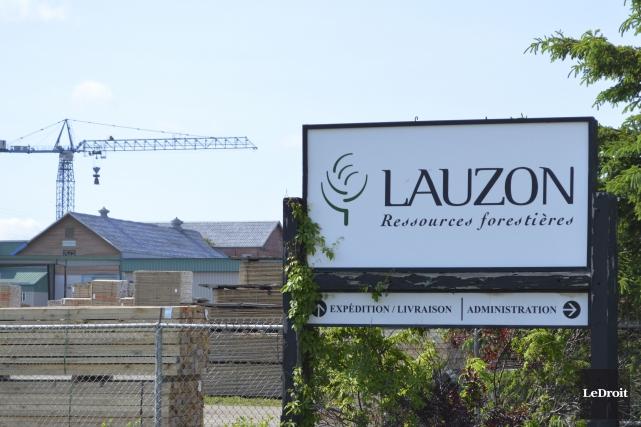 La proposition faite par Québec, lundi, à la scierie Lauzon de Thurso pour... (Benoit Sabourin, LeDroit)