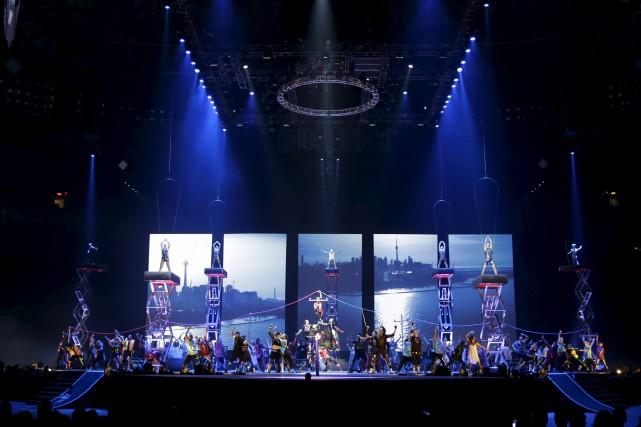 De nombreux artistes du Cirque du Soleil faisait... (Photo La presse canadienne)