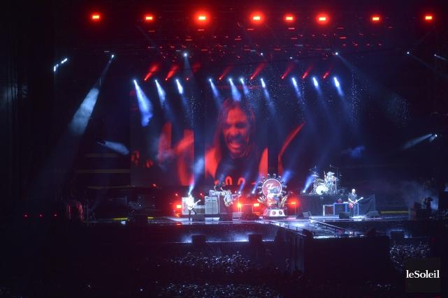 Le spectacle la bande de Dave Grohl sur... (Photo Le Soleil, Jean-Marie Villeneuve)