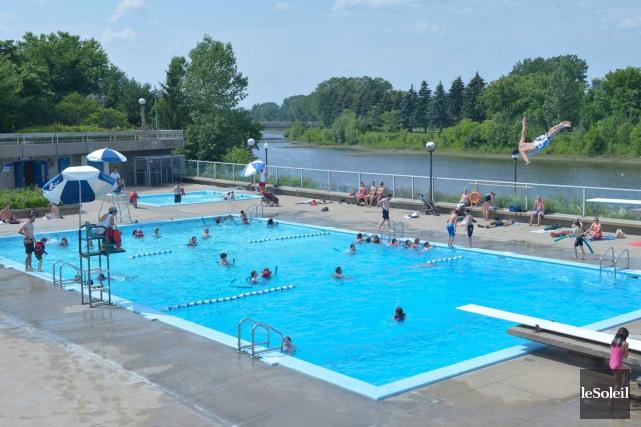 Dans La Cité-Limoilou, on compte une piscine pour... (Photo Le Soleil, Jean-Marie Villeneuve)