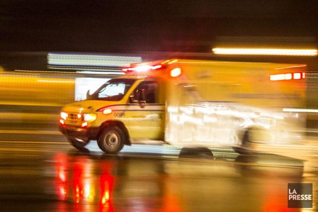 Le syndicat représentant les paramédics d'Urgences-Santé à Montréal et Laval a... (PHOTO OLIVIER PONTBRIAND, ARCHIVES LA PRESSE)