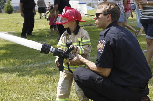 Le jeune Samuel Gervais a combattu un incendie,... (photo Julie Catudal)