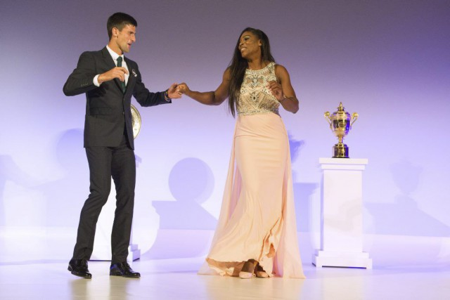 Novak Djokovic et Serena Williams... (Photo Thomas Lovelock, AP)
