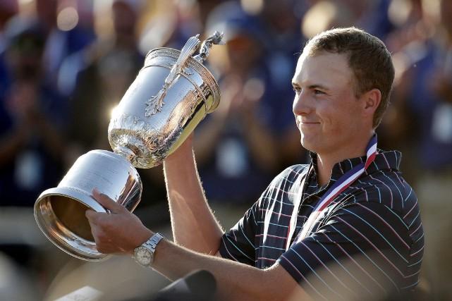 Jordan Spieth est le sixième joueur seulement à... (Photo d'archives, Associated Press)