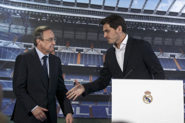 Le président du Real Madrid Florentino Perez en... (PHOTO ANDREA COMAS, REUTERS)