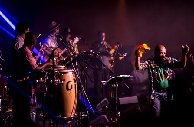Ondatrópica en spectacle au Théâtre Fairmount dans le... (PHOTO GUY LABISSONNIÈRE, FOURNIE PAR NUITS D'AFRIQUE)