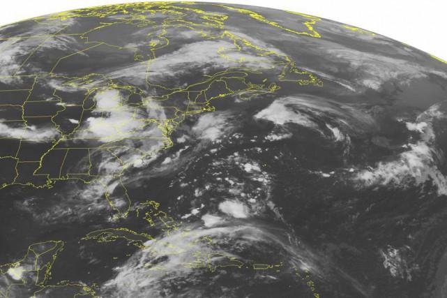 La tempête tropicale Claudette progresse vers le nord dans l'océan... (PHOTO ASSOCIATED PRESS)
